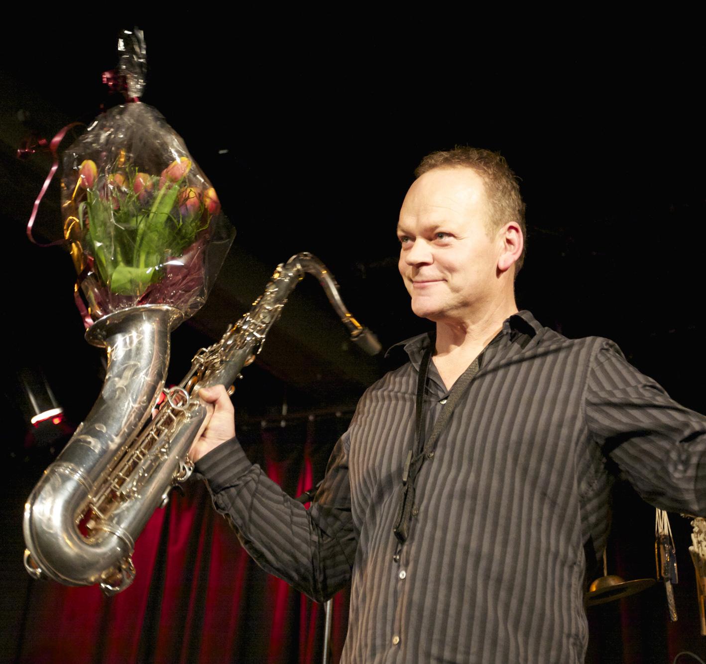 Karl Seglem fikk Buddyprisen 2010 (foto: Øyvind Sundfør Stokke-Zahl/Bergen Jazzforum)