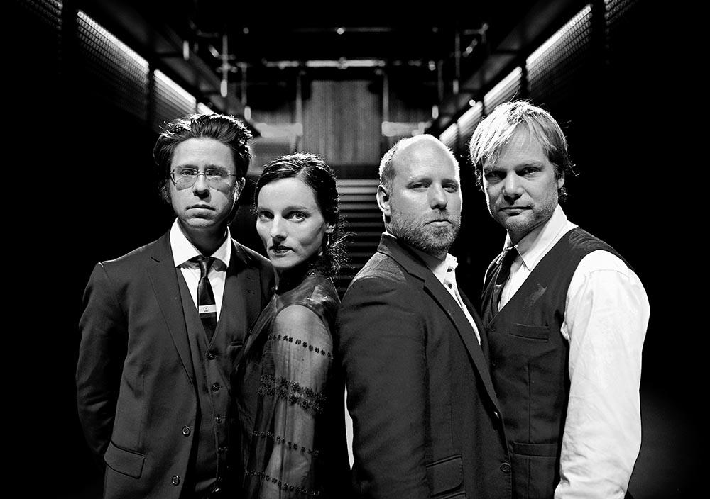 Poing! spiller på Cafeteatret 30. april. Fra venstre: Håkon Thelin, Maja S.K. Ratkje, Rolf-Erik Nystrøm og Frode Haltli. (pressefoto: Geir Dokken)