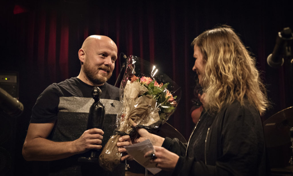 Ingebrigt Håker Flaten mottok Buddy-prisen for 2018 på Dokkhuset i Trondheim 23. februar 2019. Foto: Arne Hauge