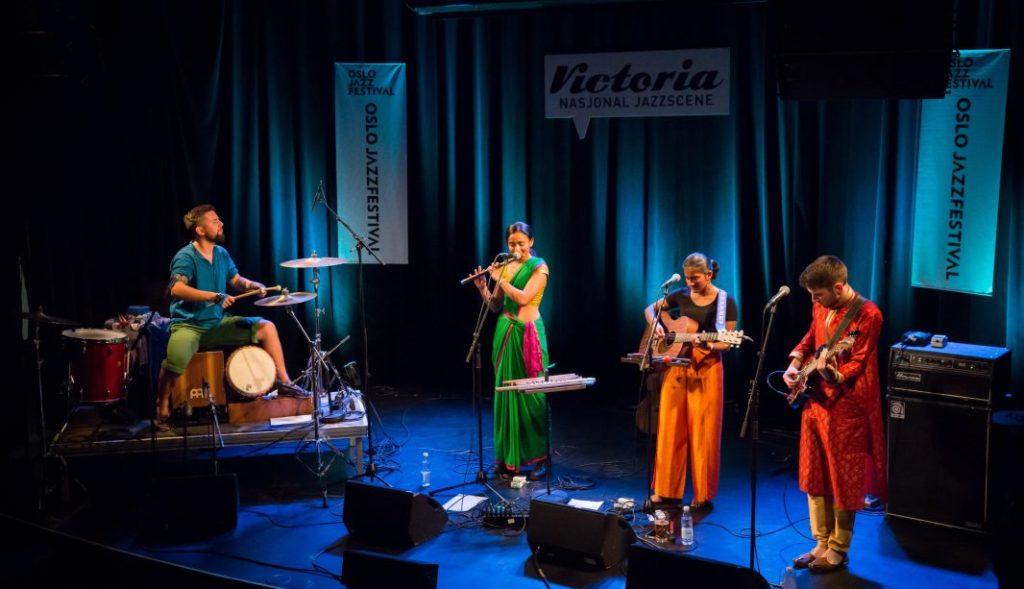 Bilde fra Oslo Jazzfestivals markering av den internasjonale jazzdagen i 2019 med bandet 9 grader nord. Foto: Matija Puzar/Oslo Jazzfestival