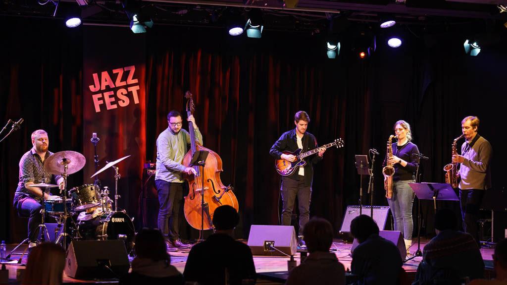 Finaleklare Front!Front på Dokkhuset under Jazzfest i dag. Foto: Thor Egil Leirtrø/Jazzfest